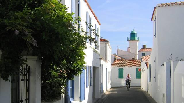 Rue de Port-Joinville, les Mariés, Ile d'Yeu