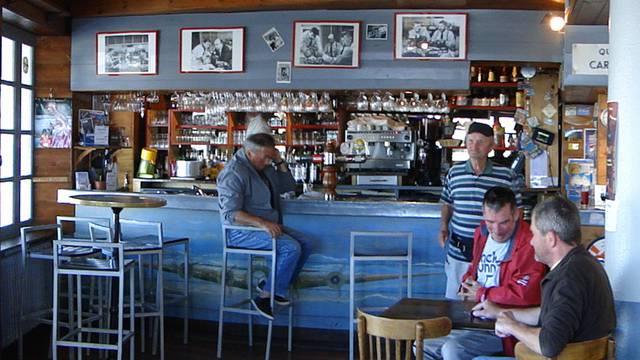 The Escadrille bar, Ile d'Yeu