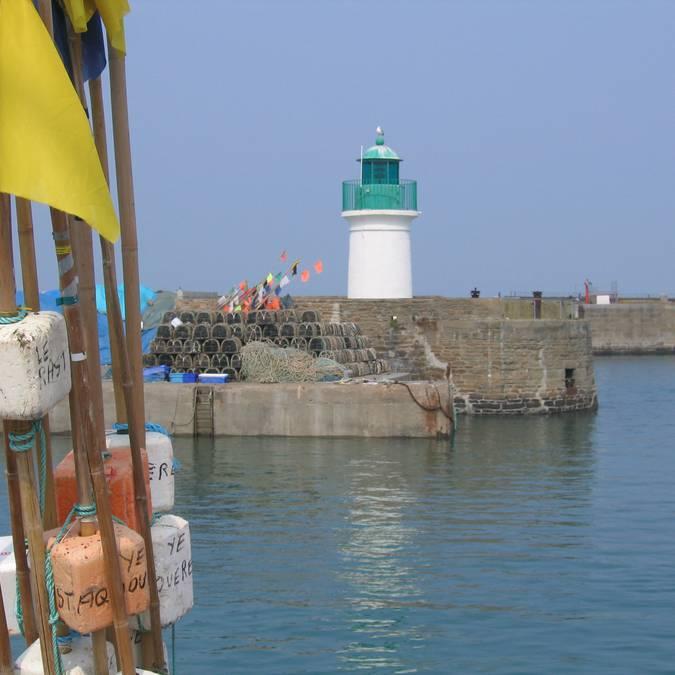 Quai du Canada lighthouse, Port-Joinville, Ile d'Yeu